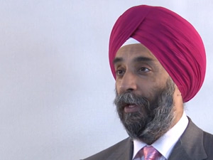 Mohanbir Sawhney: Turning Detractors Into Advocates